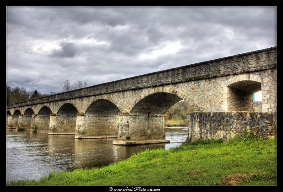 Pont de Saint Victurnien