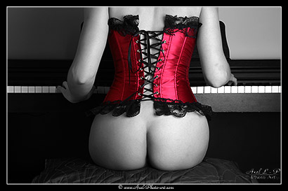 Corset et Piano