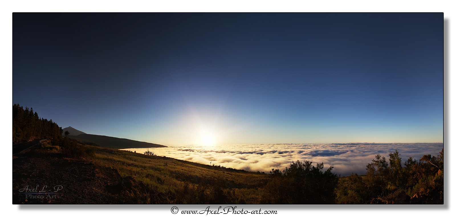 Panoramique au dessus des nuages