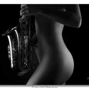Sensuelle Saxophoniste N&B