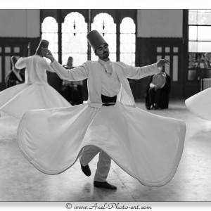 Cérémonie de l'ordre des Mevlevis : Derviches tourneurs - Istanbul