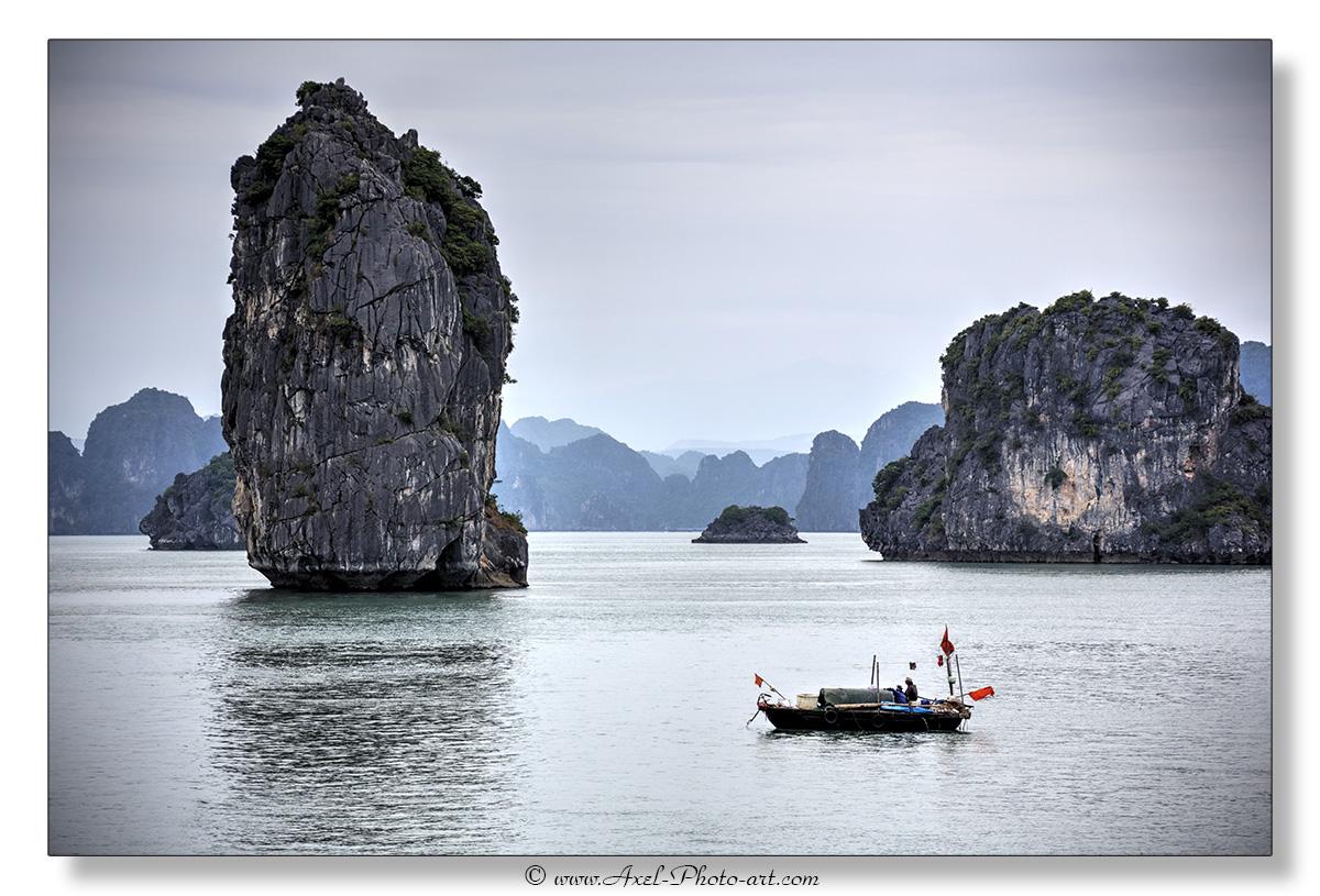 Baie d'halong : Village flottant de pécheurs – Vietnam
